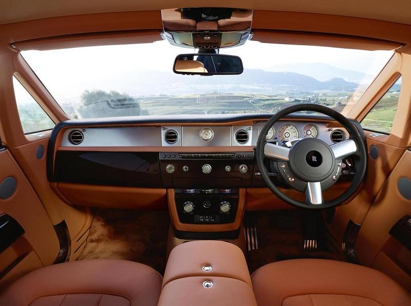 2013-Rolls-Royce-Phantom-Series-II-Interior