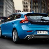 2013-Volvo-V40-R-Design-Left-Rear-Angle-Driving-1024x640