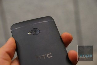 HTC One Hands On ( M7 )  9