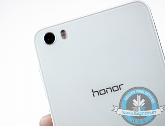 Honor Teases Two New Smartphones, Sends Out Invites for March 24 Event