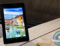 Review : Lava QPAD R704
