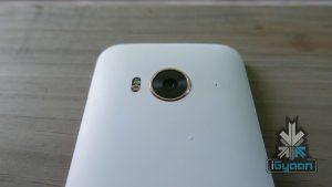 HTC ONE ME 11